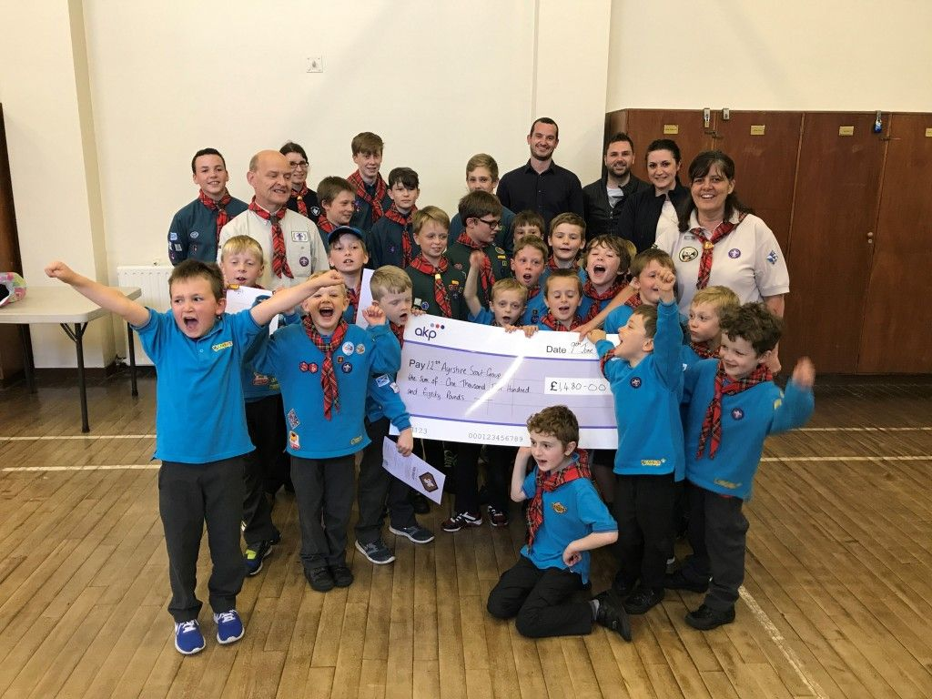 akp Kiltwalk Team Cheque Handover – Kingcase Scout Group